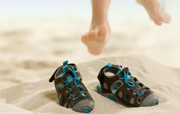 ce50fe34d Více o tomto tématu najdete v článku Jak vybrat dětské boty, vše samozřejmě  platí také pro sandály.
