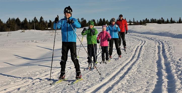 Jak vybrat dětské lyžařské hole - Skibi Kids 583688787dd